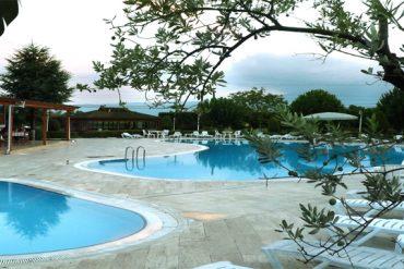 Villa Familia açık havuz